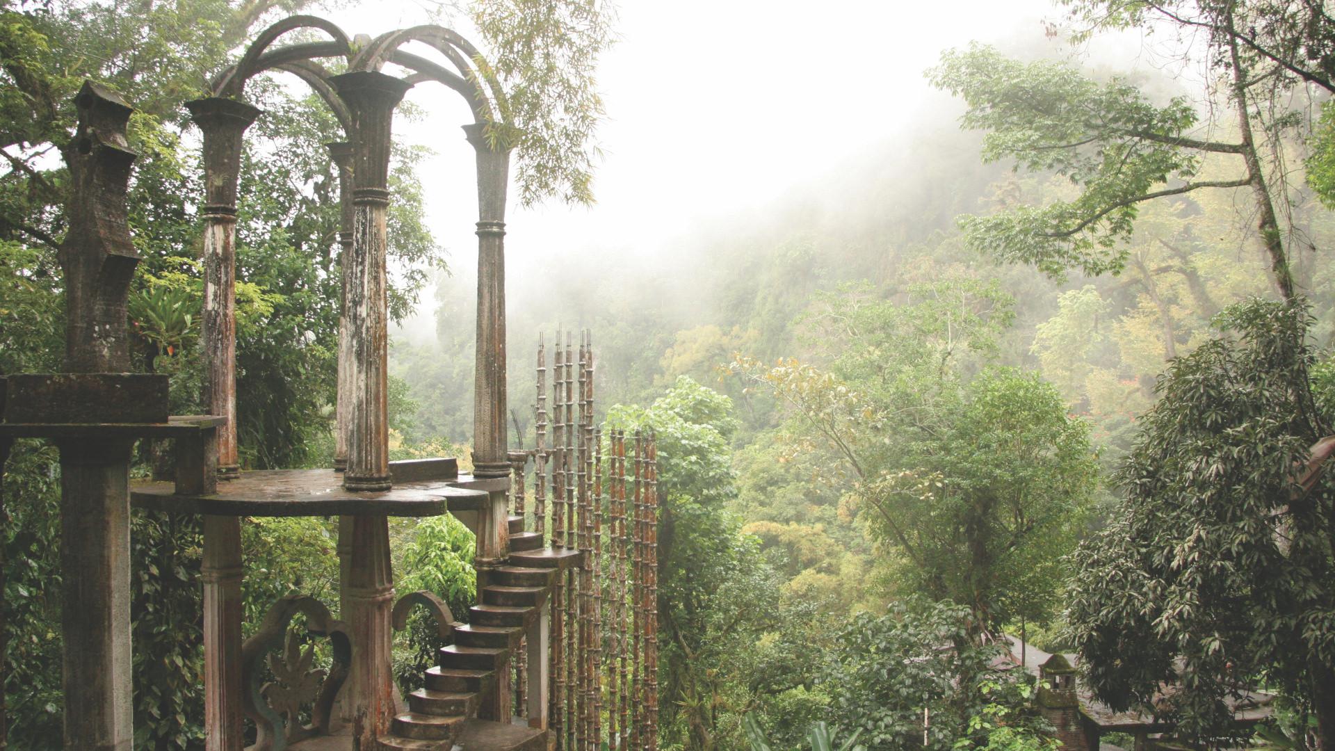 Yağmur Ormanlarının Ortasında Sürrealist Heykel Bahçesi: Las Pozas, Meksika