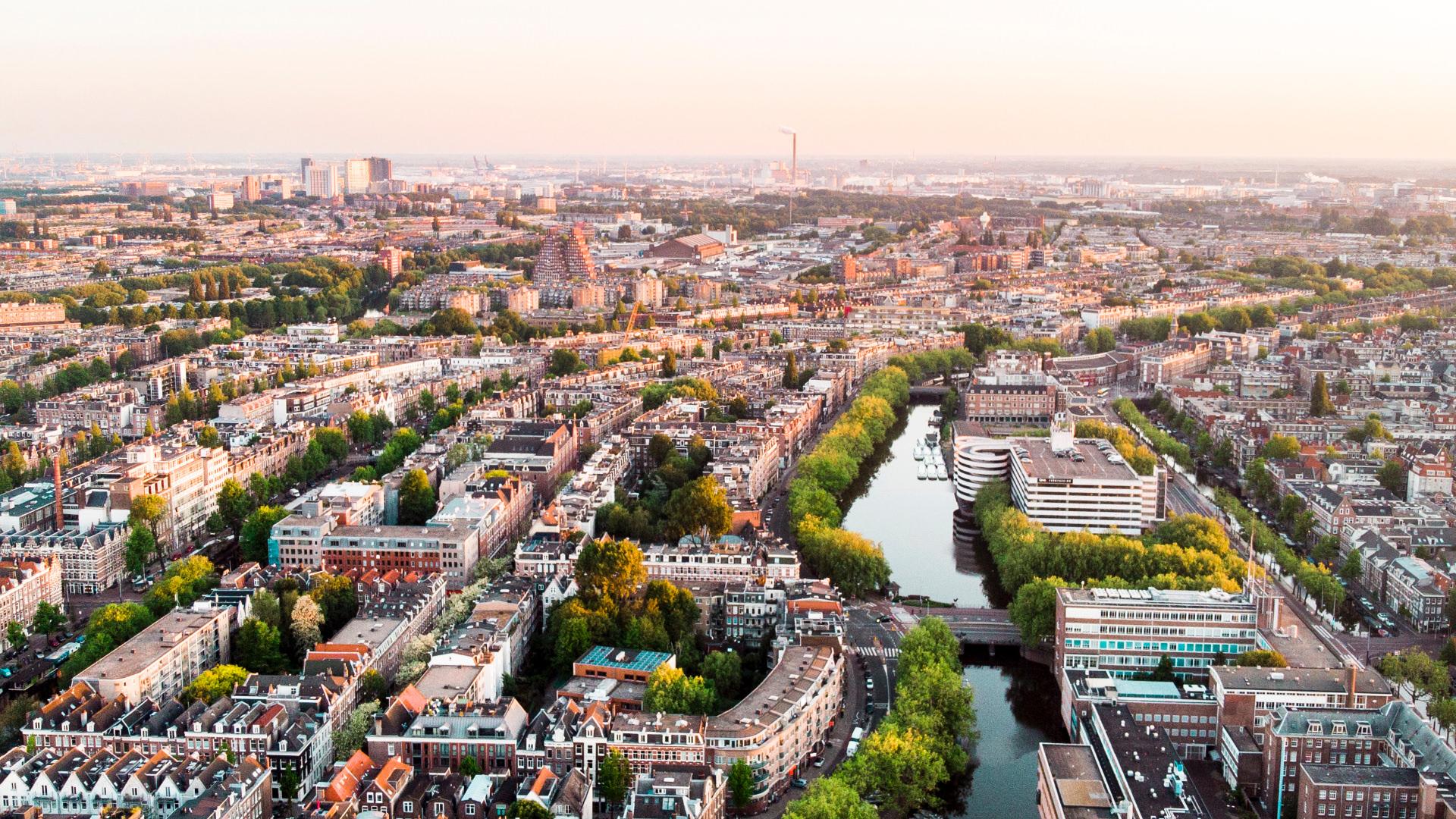 Amsterdam:4Mevsim Görülmesi Gereken Yerler