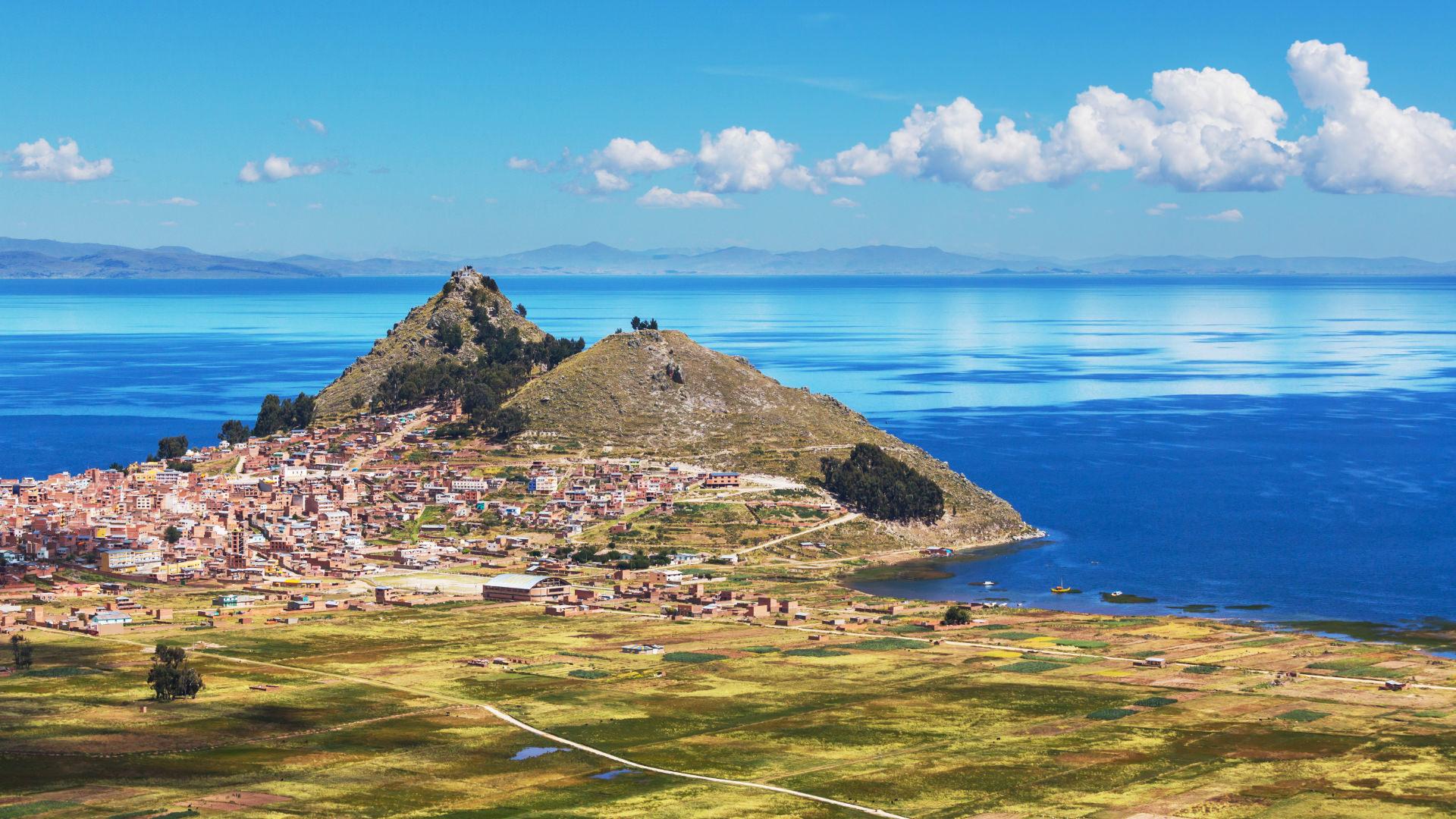 Biraz Peru, Biraz Bolivya, Lake Titicaca