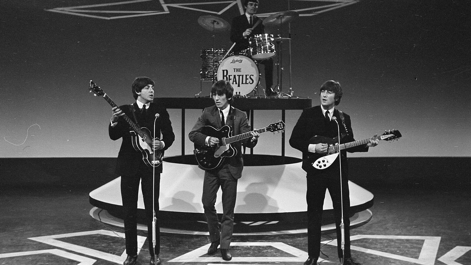 Dünyayı Değiştiren Bir Sonbahar Çocuğu: John Lennon
