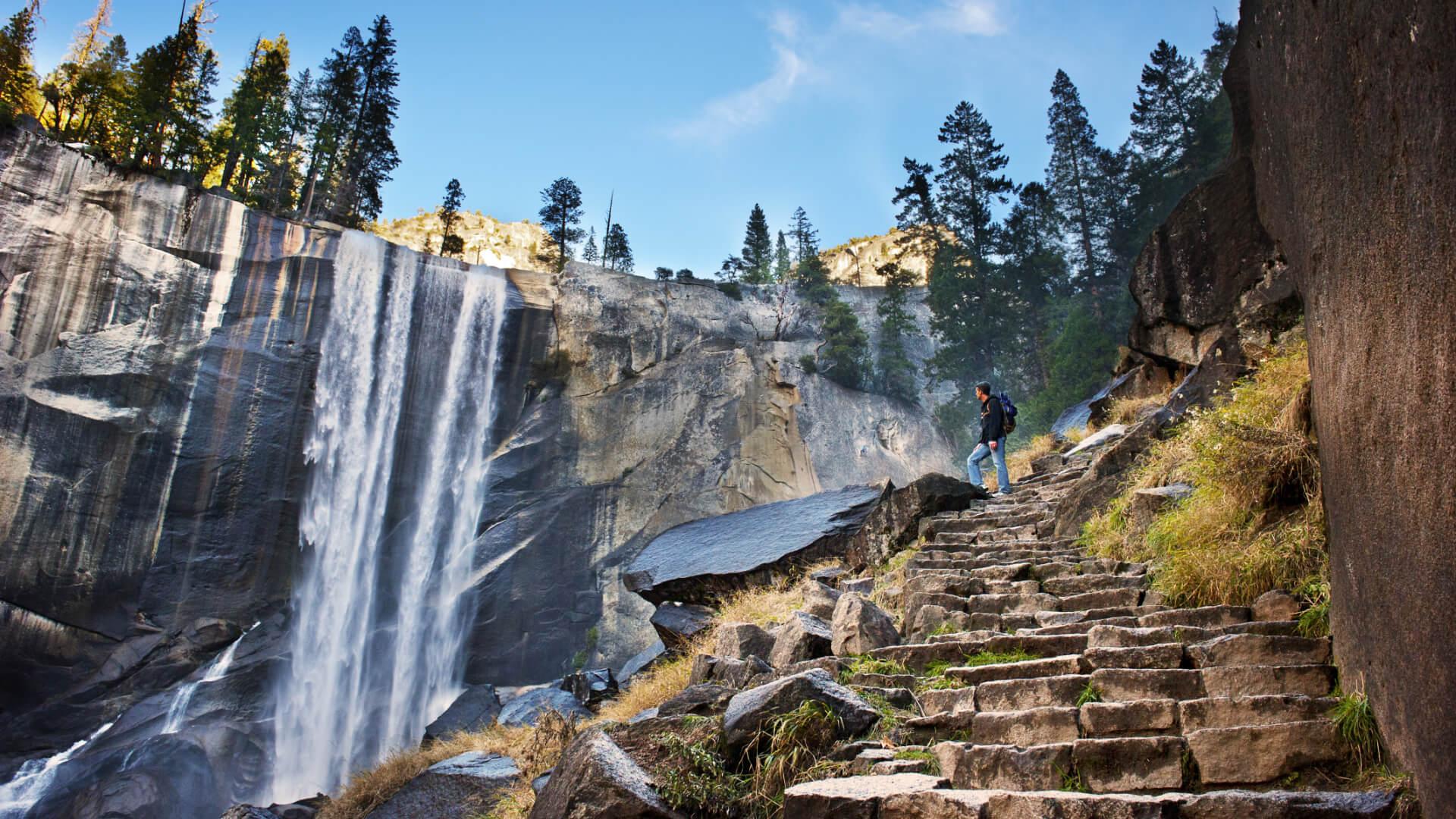 Gözümüz Yükseklerde Kayalıklara Tırmanıyoruz!