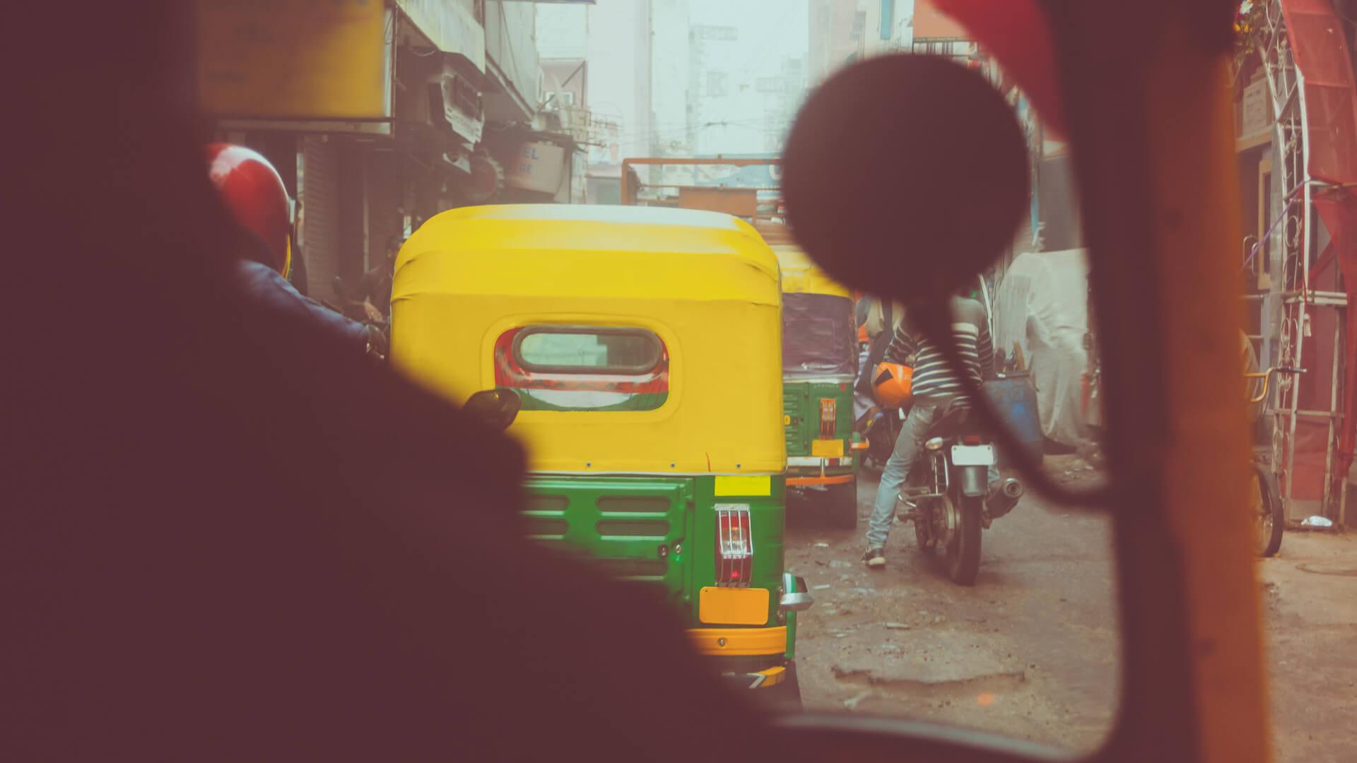 Hindistan'da Çılgın Bir Yarış Deneyimi: Rickshaw Run