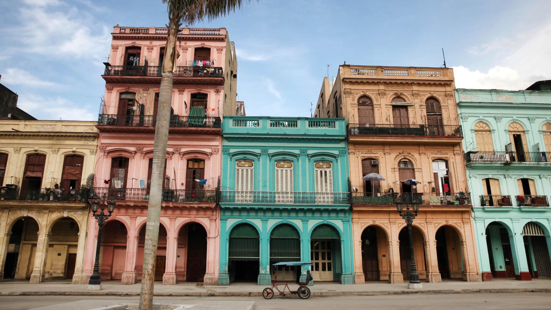 Müziğin Peşine Takılıp Küba'ya Gitmek...