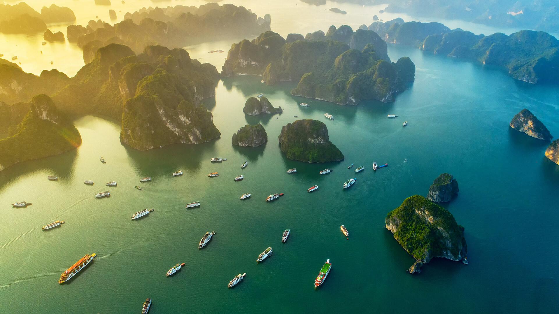 Vietnam'ın Doğal Güzeli: Ha Long Bay